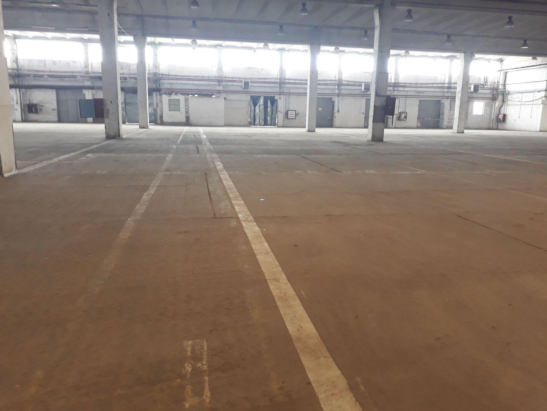 Spațiu industrial 4.000 mp de închiriat în zona Industriilor